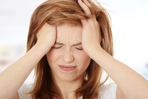 美容院の白髪染めが傷む原因