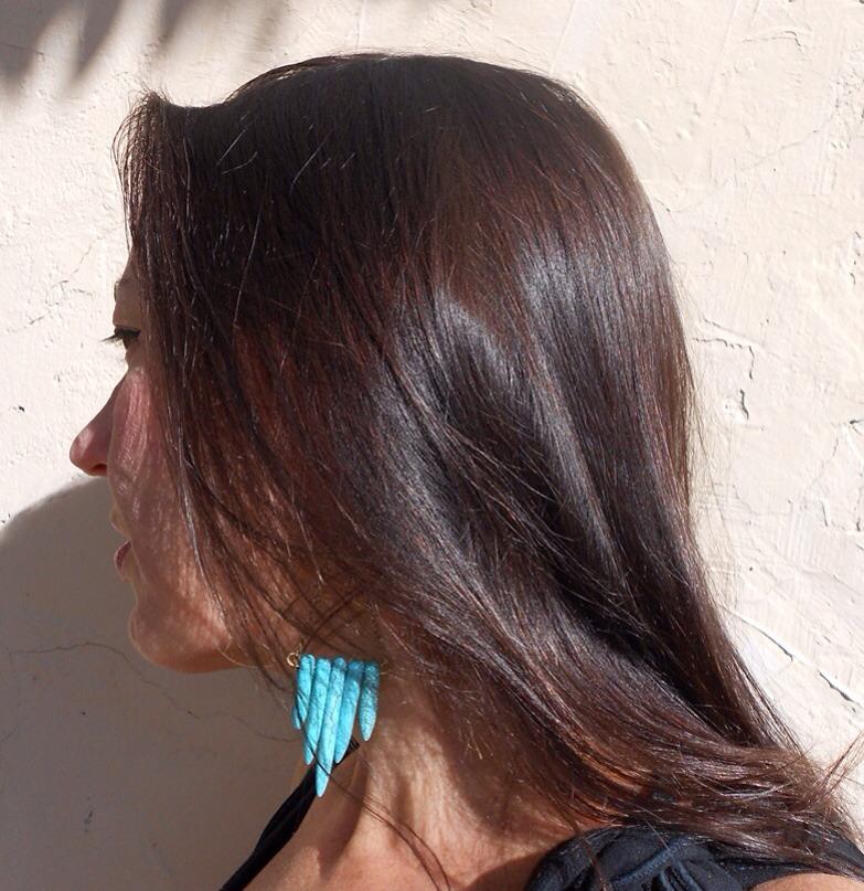 細く染まりやすい黒髪のヘナカラーの「色」染まり方