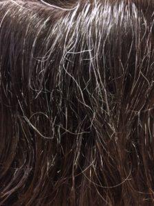 エイジング毛は思い通りにヘアスタイルがキマらない。