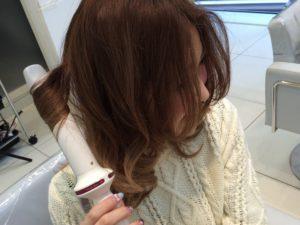 ヘアアイロンの熱によるエイジング毛の原因