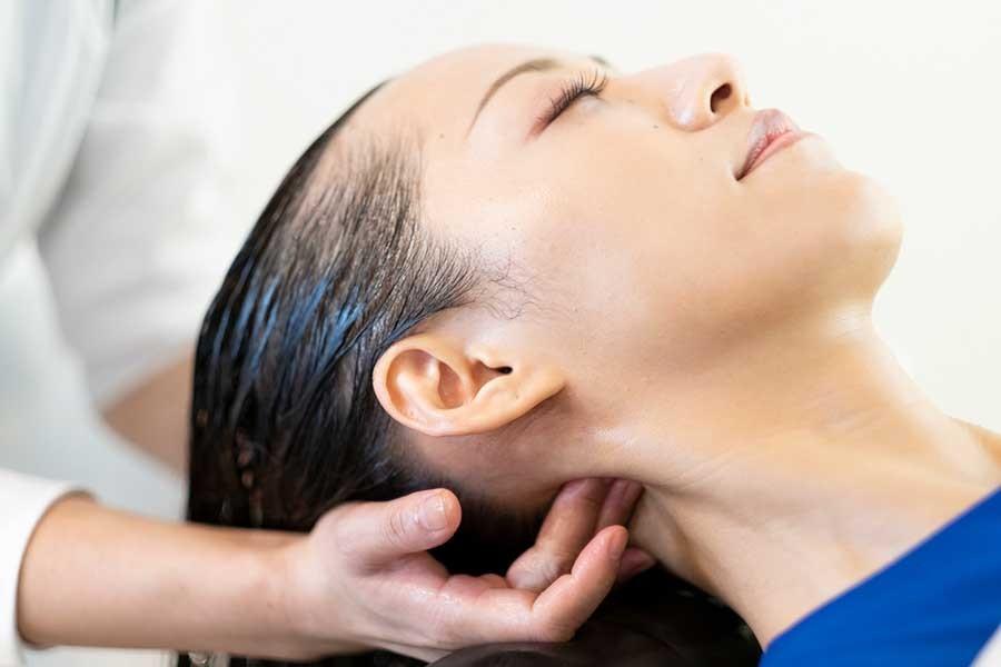 頭皮臭を改善するヘッドスパはロコスアッソ美容室