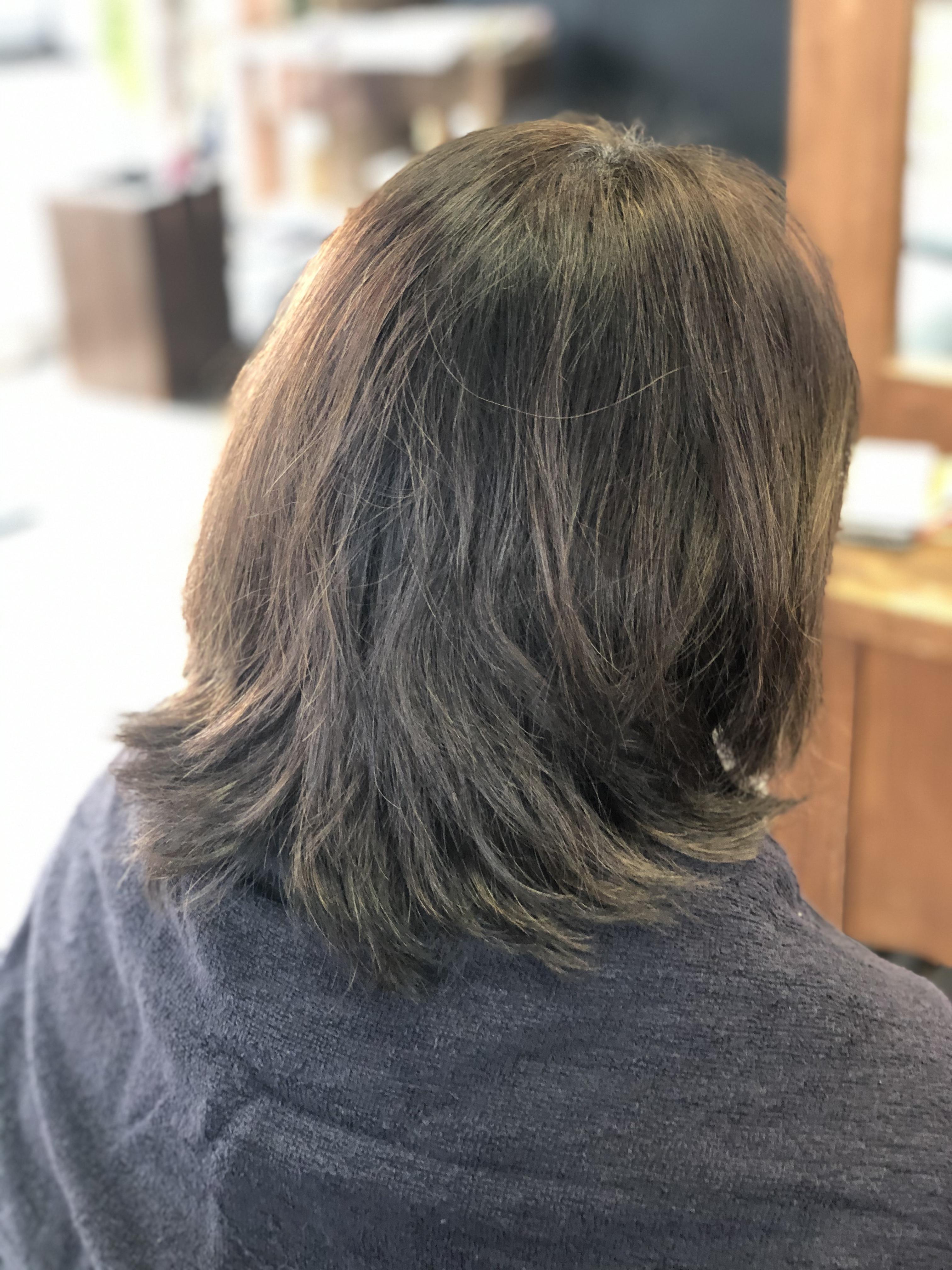 41歳の白髪染めで明るくなった髪の色を落ち着かせたい