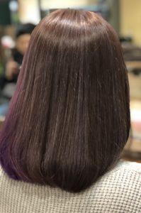 紫のインナーカラーはアラサー女子に定番人気