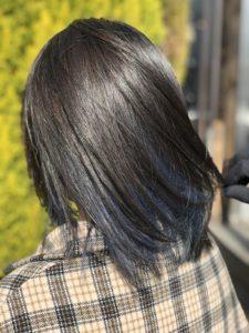 26歳【初めてのインナーカラー】失敗しない「黒髪x青髪」