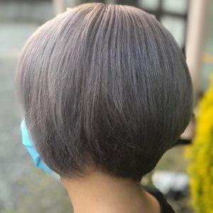 30代【プラチナカラー】とベージュ色。白髪はどうなる