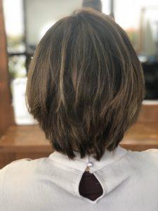 オイルで髪の広がりを解消