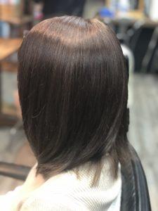 【ヘアカラー染め直し】4色になった髪がパープルアッシュに!