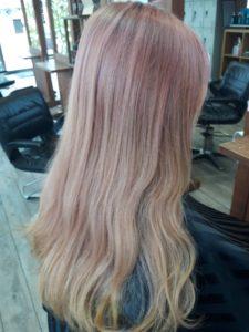 18歳【ピンク髪】汚く残ったカラー。すぐに消したい時は?