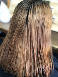 金髪ブリーチ毛でムラになった髪色