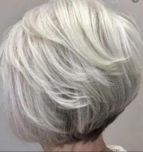 60代女性【ネープの髪型15選】若返る後ろ髪になりたい!